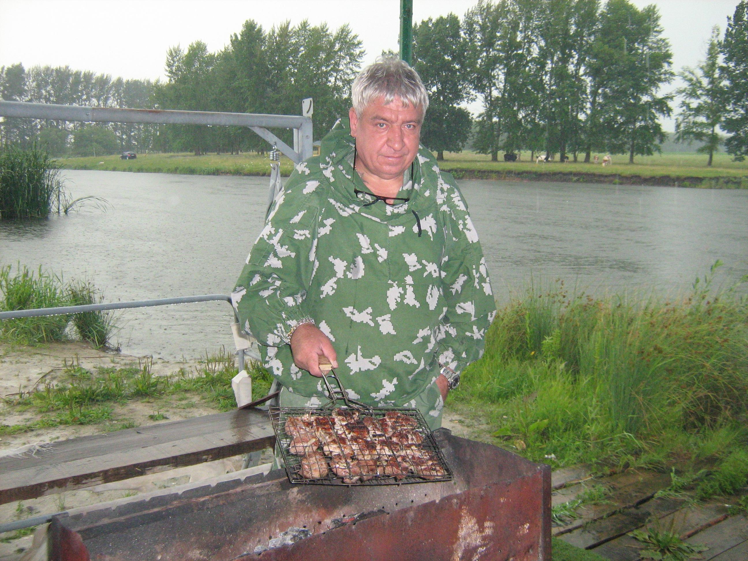 http://s5.uploads.ru/fQWZe.jpg