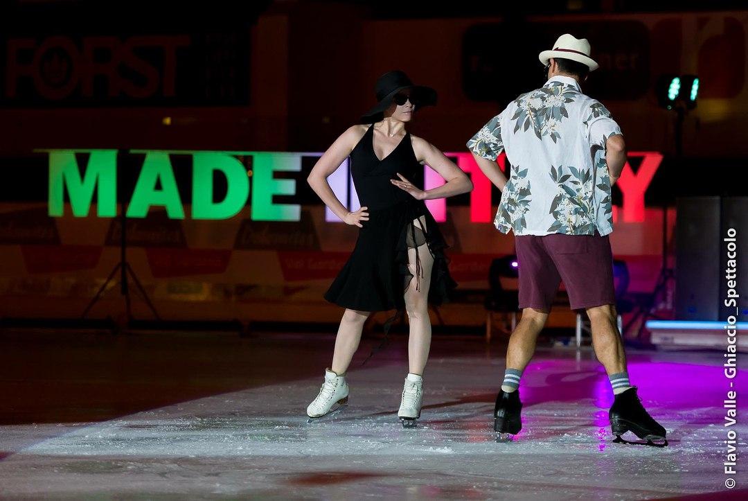 Ледовые шоу-5 - Страница 38 QbyIN