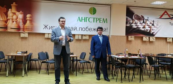 http://s5.uploads.ru/t/1OQzT.jpg