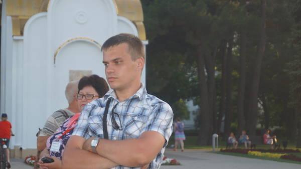 http://s5.uploads.ru/t/1vkjm.jpg