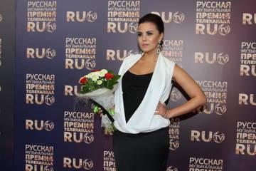http://s5.uploads.ru/t/6h7Al.jpg