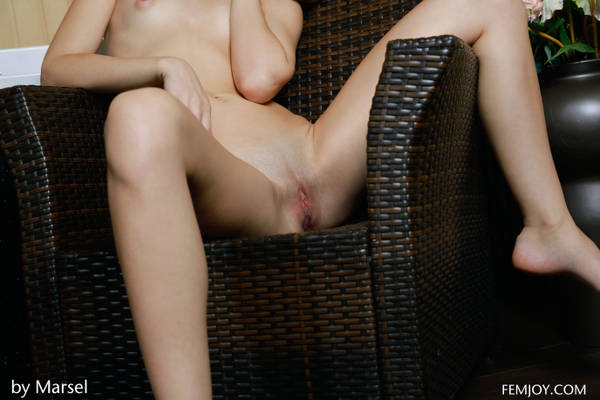 http://s5.uploads.ru/t/B1Y2a.jpg