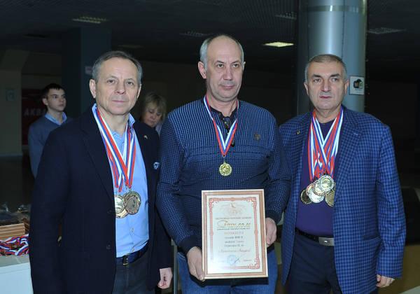 http://s5.uploads.ru/t/DUtaj.jpg