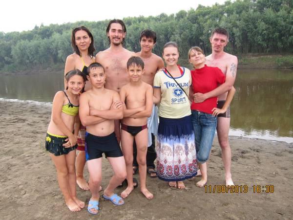 http://s5.uploads.ru/t/E8t0z.jpg