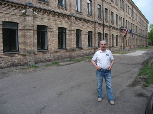 http://s5.uploads.ru/t/gEoT7.jpg