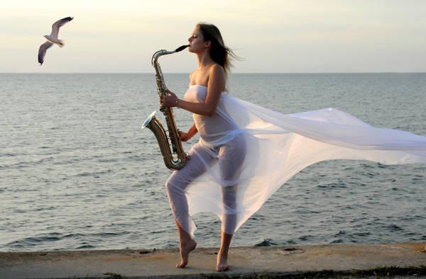 Афиша джаз-центра на июль.